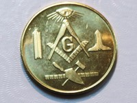 Mason Coin w/ Working Tools In Gold